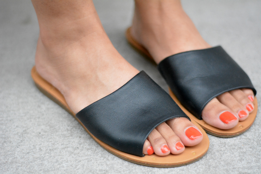 Old Navy Faux-Leather Slide Sandals